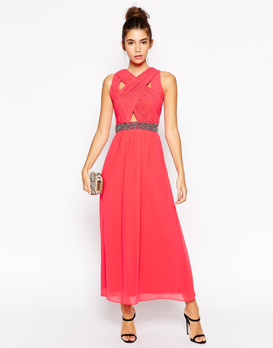Best Dress Length For Petites And Make You Look Like A Princess ...