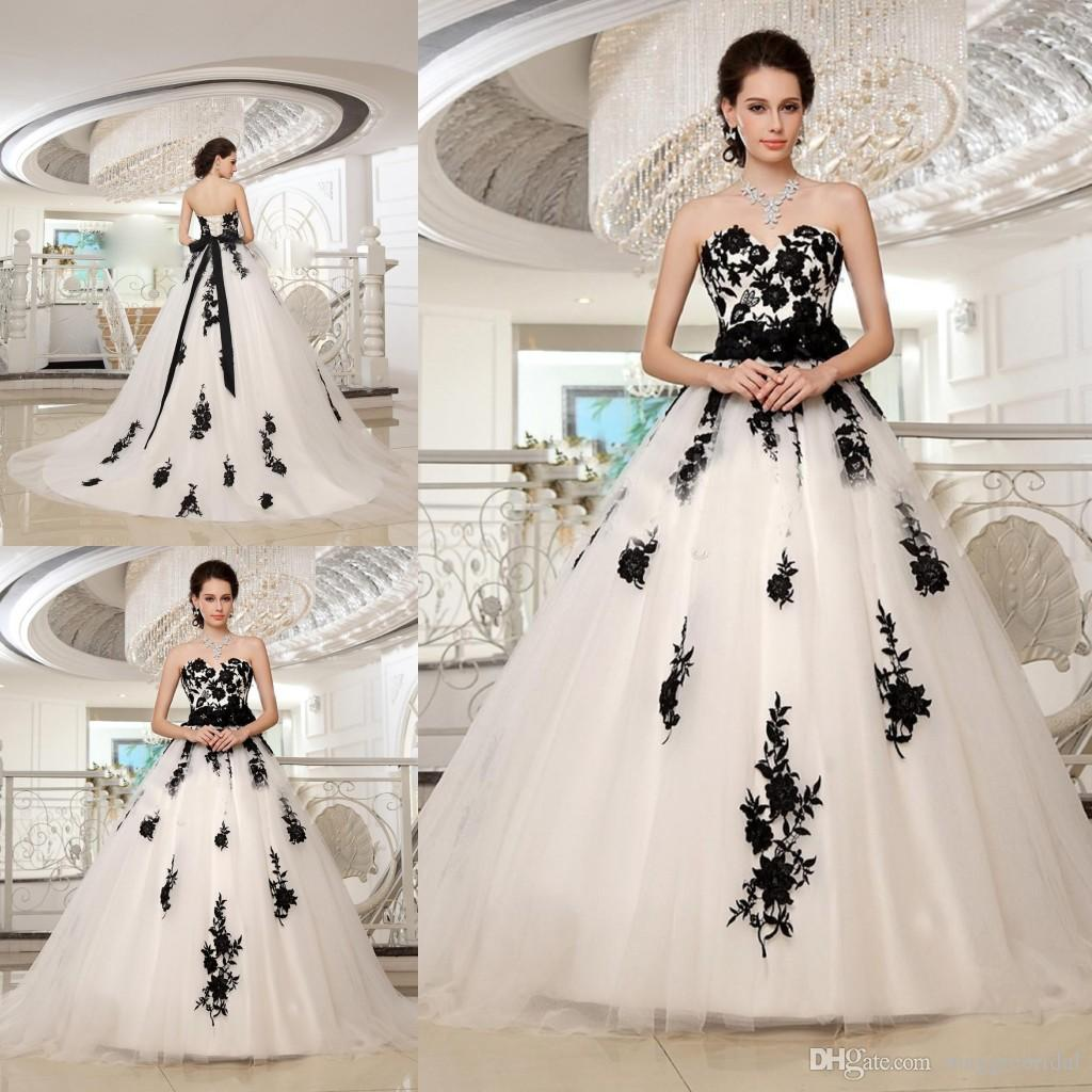 White With Black Wedding Gowns: Black And White Full Length Dress And 10 Great Ideas