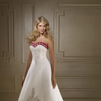 bridesmaid-dresses-in-red-and-white-elegant-and_1.jpg