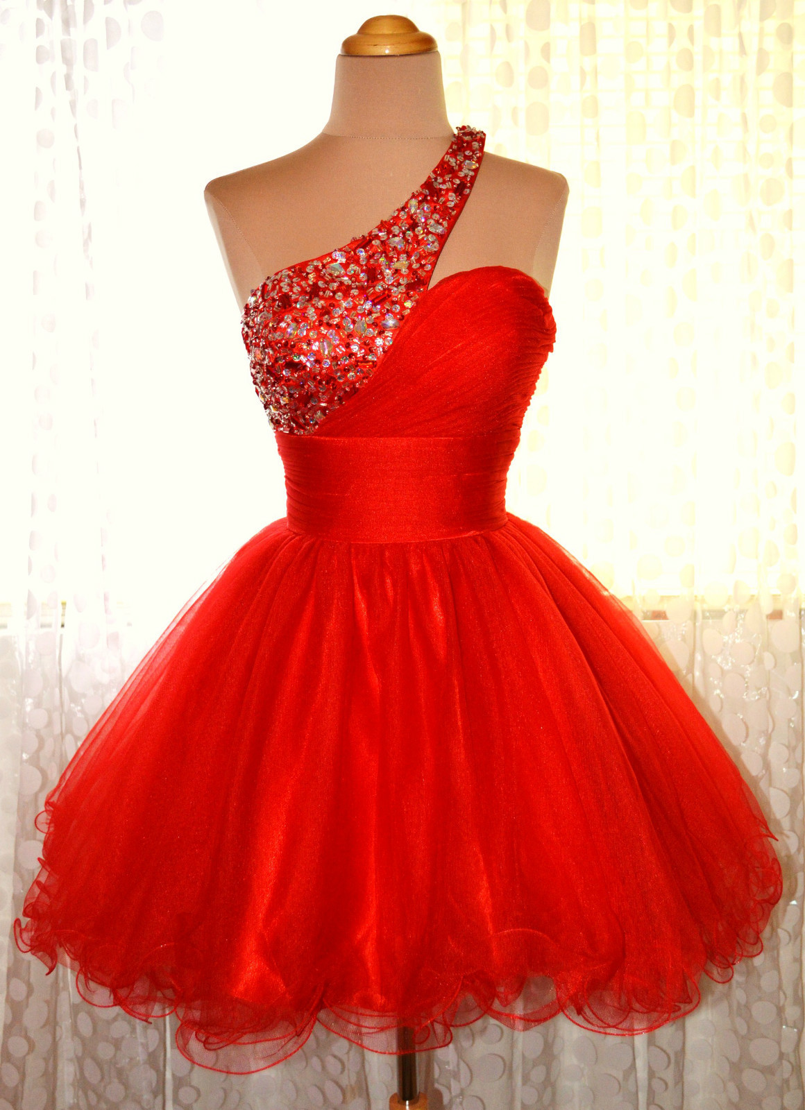 Where is a good place to buy homecoming dresses