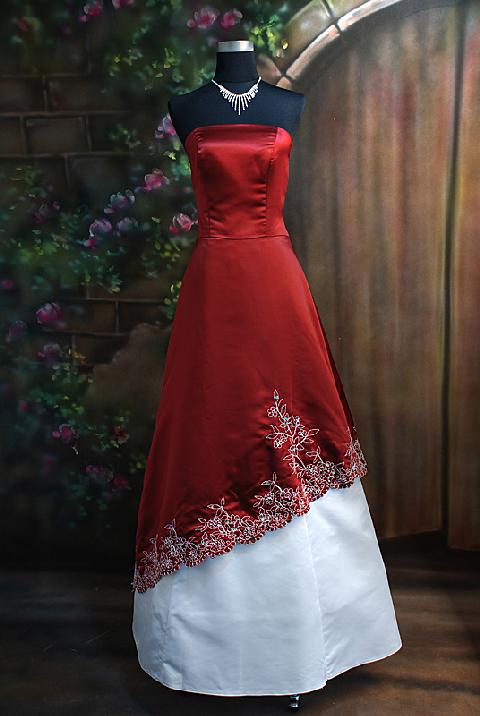 Red and bridesmaid white dresses forecast dress in winter in 2019