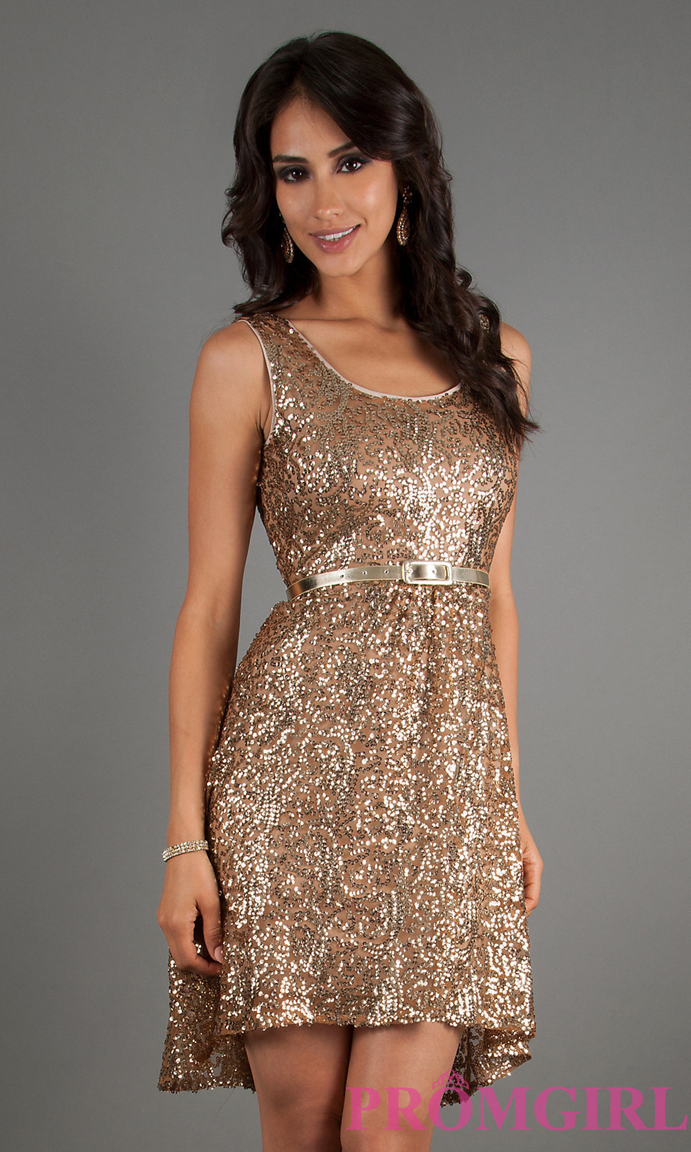 Short Gold Glitter Dress And The Trend Of The Year