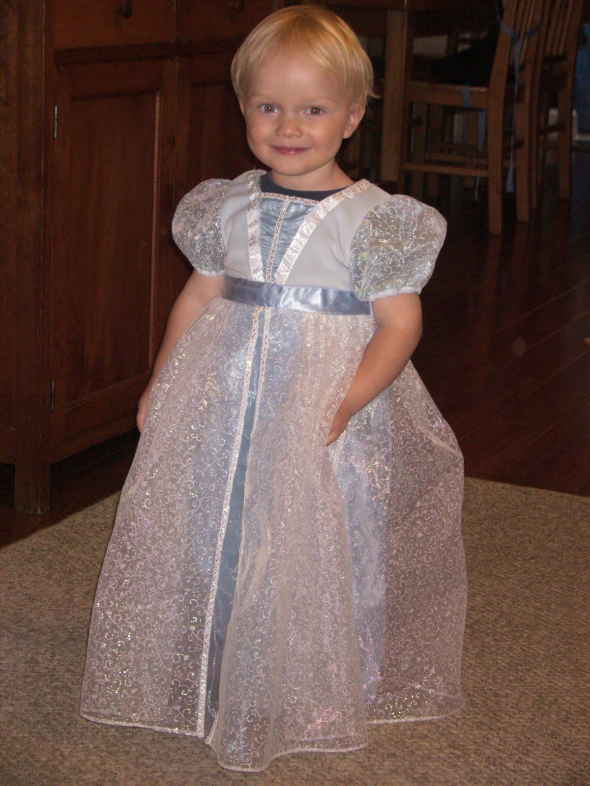 Boy Dressed As A Little Girl - Show Your Elegance In 2017