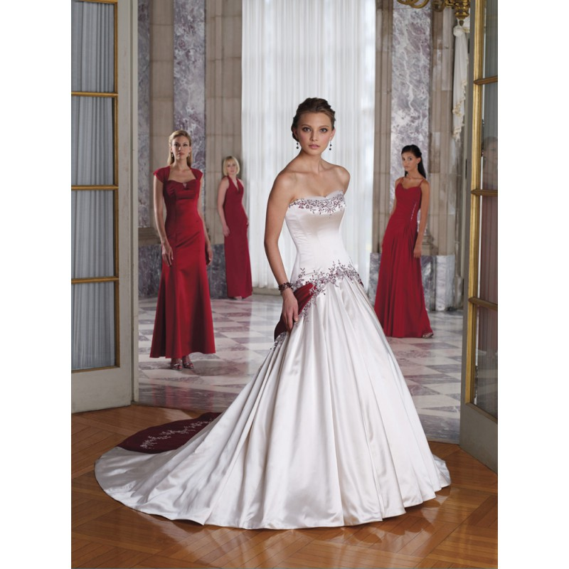 Bridesmaid Dresses In Red And White Elegant And Beautiful