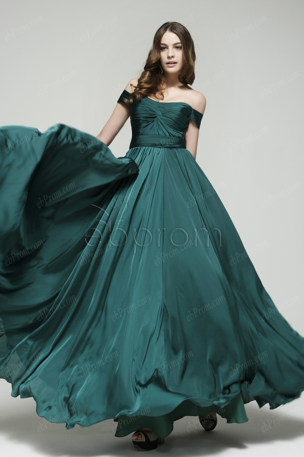 Cocktail Dresses-The Perfect Choice For Many Occasions