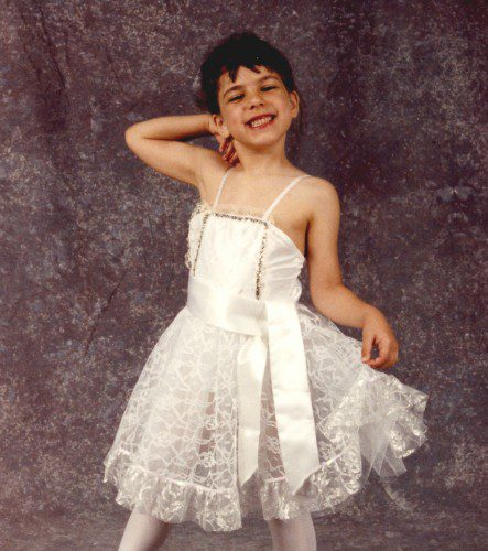 little-boys-wearing-dresses-always-in-fashion-for_1.jpg