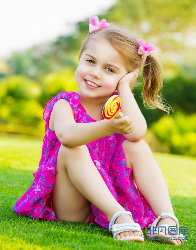 Little Girls In Short Dresses & Popular Choice 2017