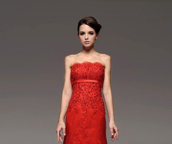 red-with-black-lace-dress-and-popular-styles-2017_1.jpg
